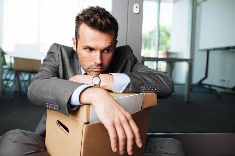 Сколько обязан отработать работник при увольнении