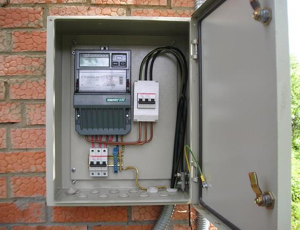 Установка электросчетчика на улице