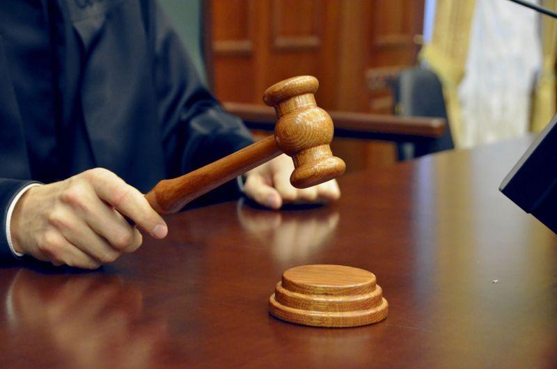 Иск в суд на шумных соседей